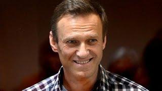 Премия Сахарова Навальному: сигнал мировой общественности