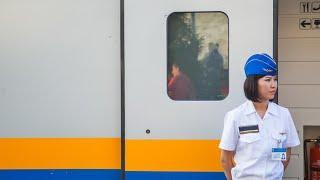 В Казахстане запустили женские вагоны поездов