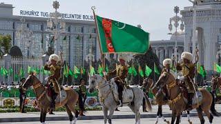 30 лет независимости. Туркменистан отмечает государственный праздник