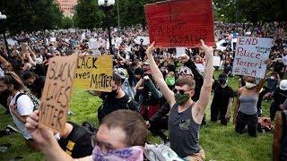 Толпы на похоронах Джорджа Флойда. Америка не будет прежней