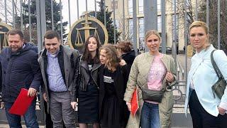 Соратников Навального освободили